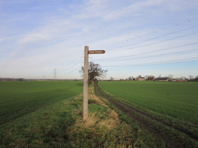 A bridleway heading towards Birkwood Road