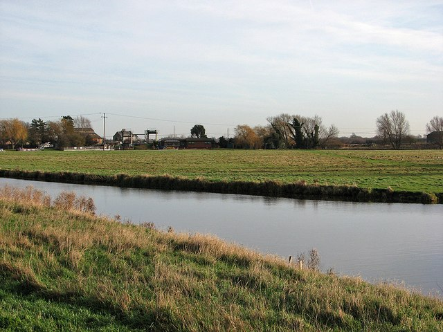 The Cam, the Washes and Reach Lode Lock