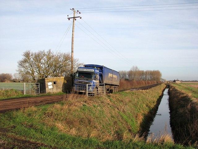 Pillbox and beet lorry at Clay's Bridge