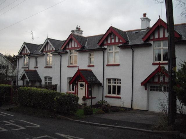 Houses in Swanbridge Road, Sully