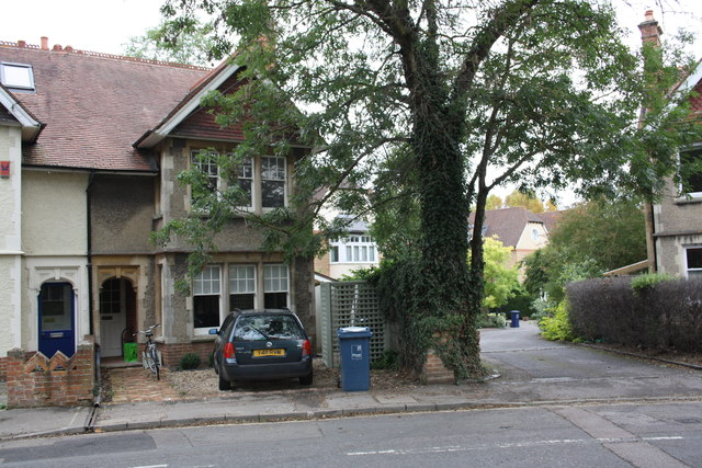 #61 Bainton Road and drive of Phoebe  Court