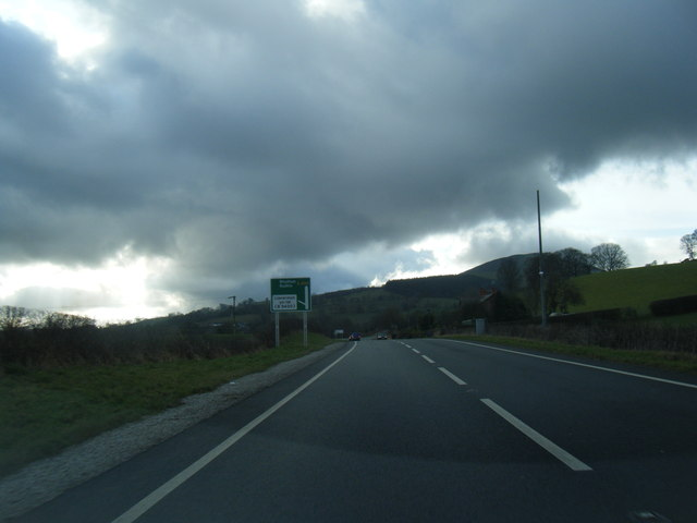 A494 south of Llanferres