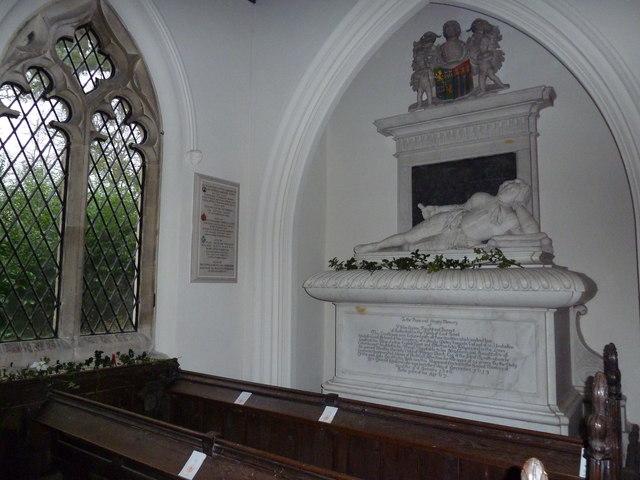 St James's, East Tisted- Christmas displays (j)