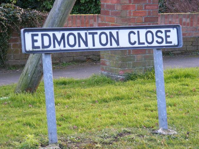 Edmonton Close sign
