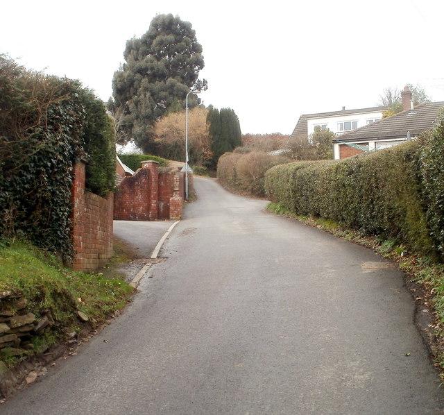 Ty Canol Lane, Machen
