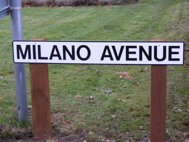 Milano Avenue sign