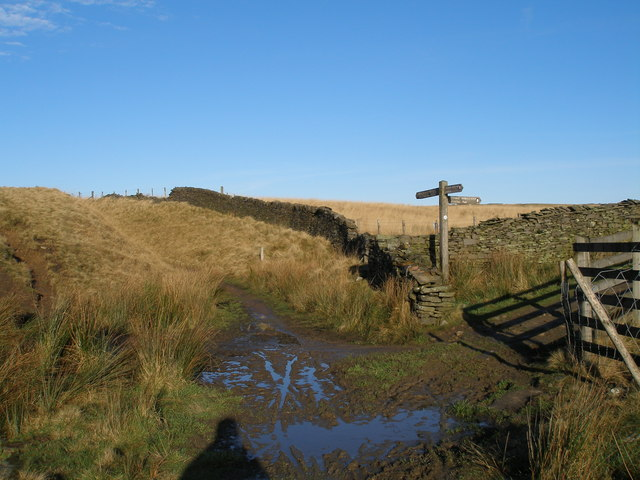 Pennine Bridleway/Rossendale Way junction