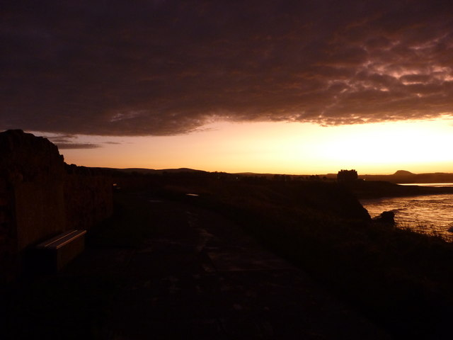 Coastal East Lothian : Clifftop Walk, Dunbar