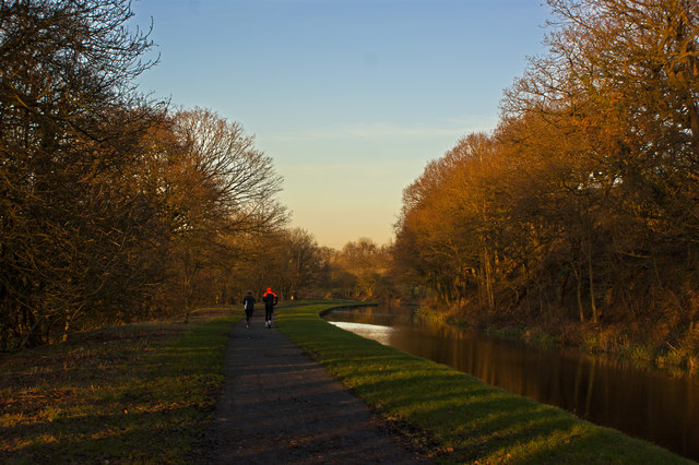 The Leeds and Liverpool Canal at Cowling