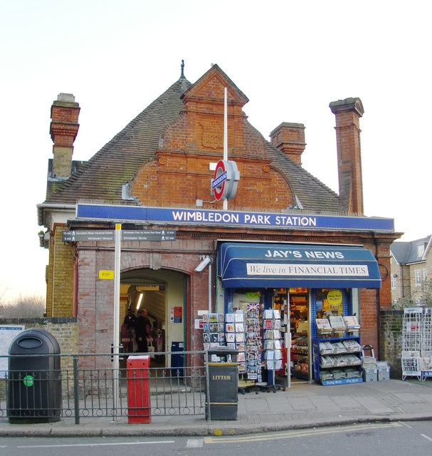 Wimbledon Park Station, Arthur Road