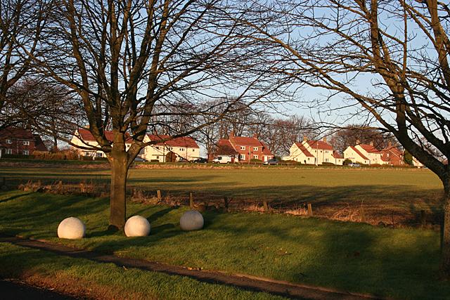Houses near Craigiehall