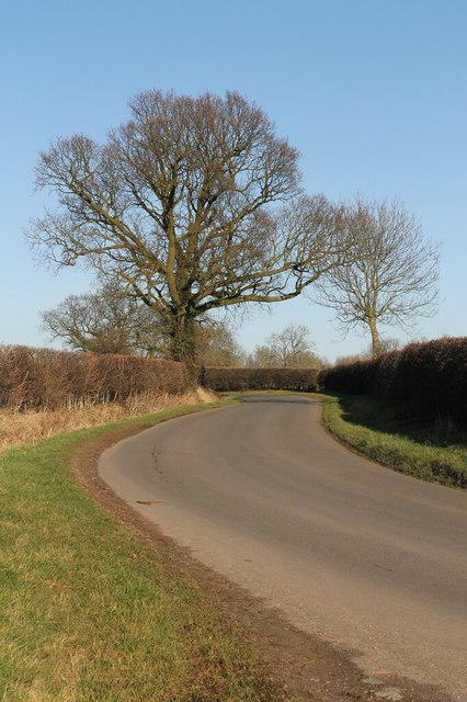 Road to Sixhills