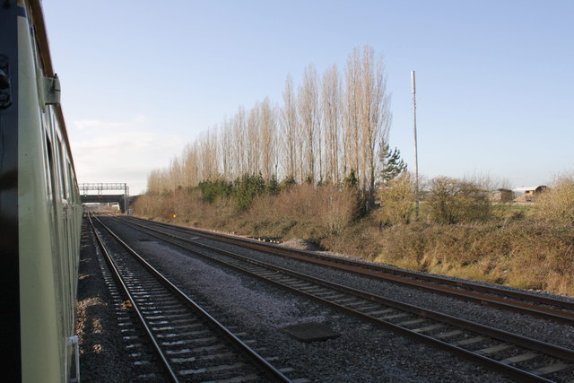 Charter train waits in Challow Down Loop