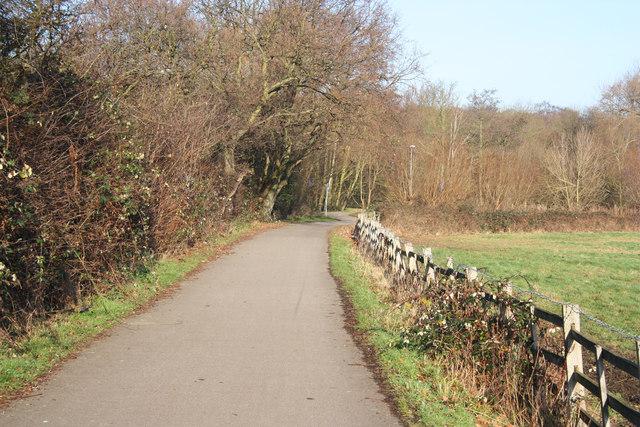 Bracebridge cycle path