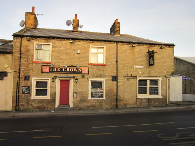 The Crown on Town Street, Stanningley