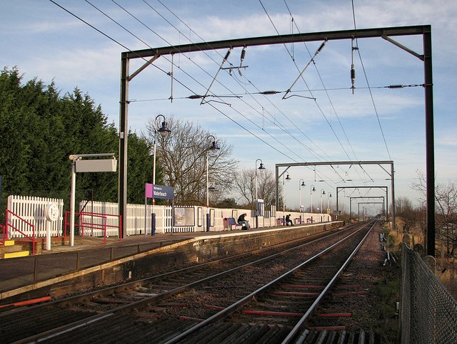 Waterbeach Station: northbound platform