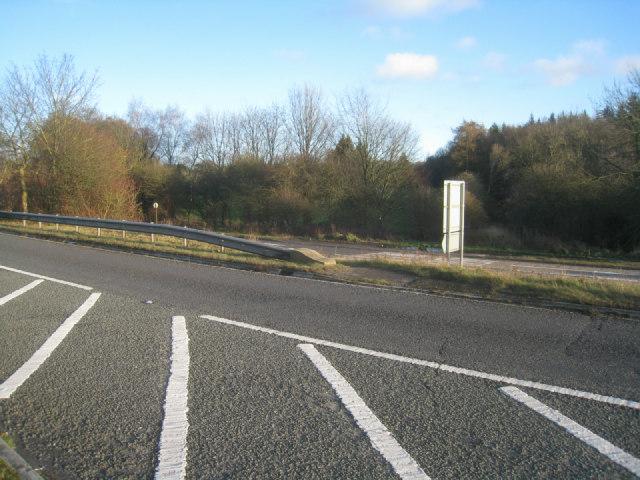 Wayfarer's Walk crossing the A30