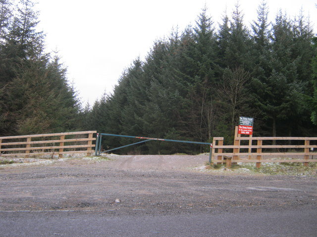 Entrance to the Stang Forest for walkers and cyclists