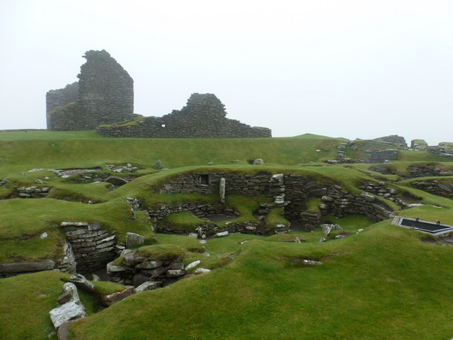 Jarlshof: Iron Age remains and the Laird's House