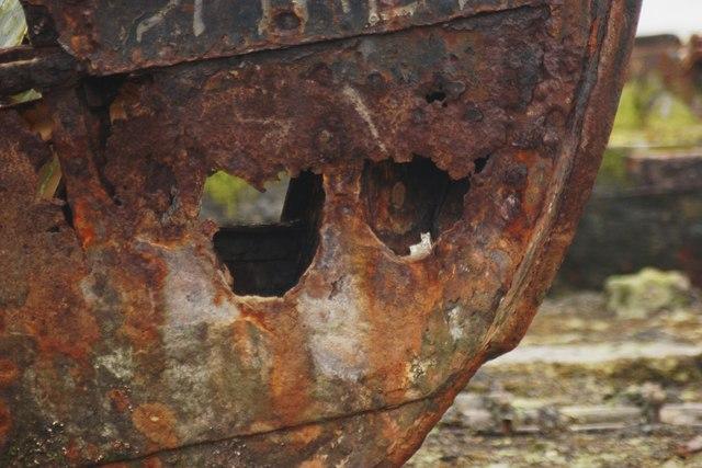 Rusting hull of Vadne