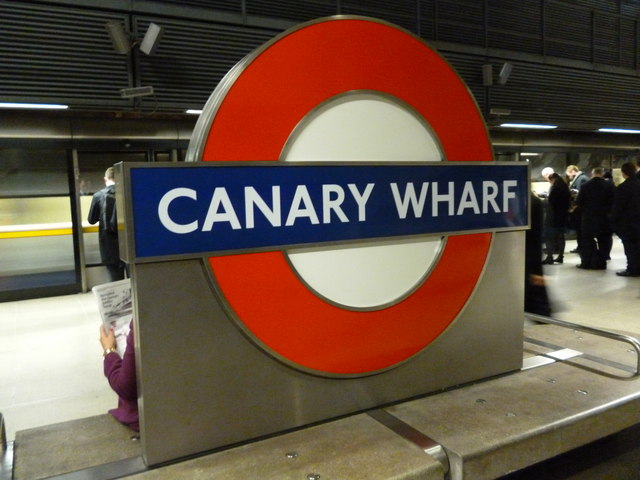 Platform sign, Canary Wharf Underground Station