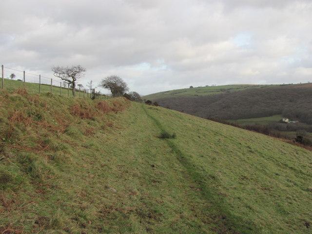Ogwr Ridgeway Walk heading east towards Blackmill