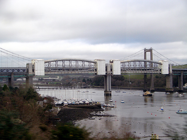 Approaching the Royal Albert Railway Bridge