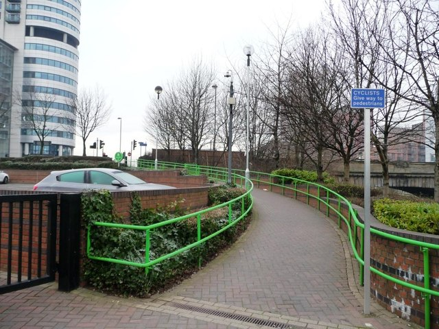 Path and cycle route up to Neville Street