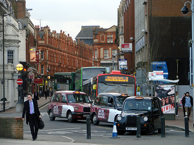 Taxis and buses in Station Road, Reading