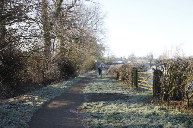 Footpath to Piddington