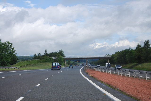 Approaching Dinwoodie Green Access Bridge, A74(M)