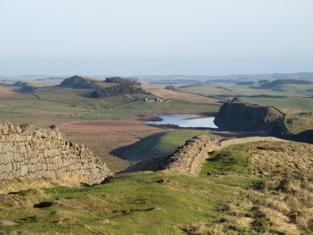 Hadrian's Wall above Winshield Crags (3)