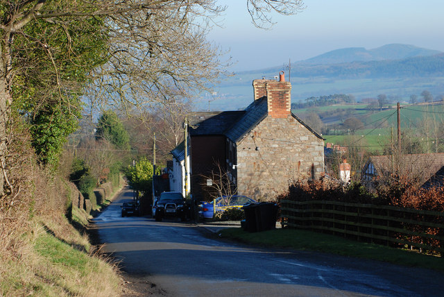 The road through Bentlawnt