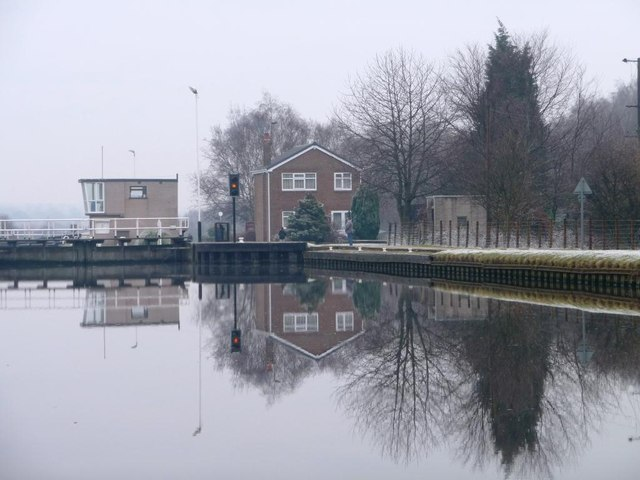 Reflections of Fishpond Lock