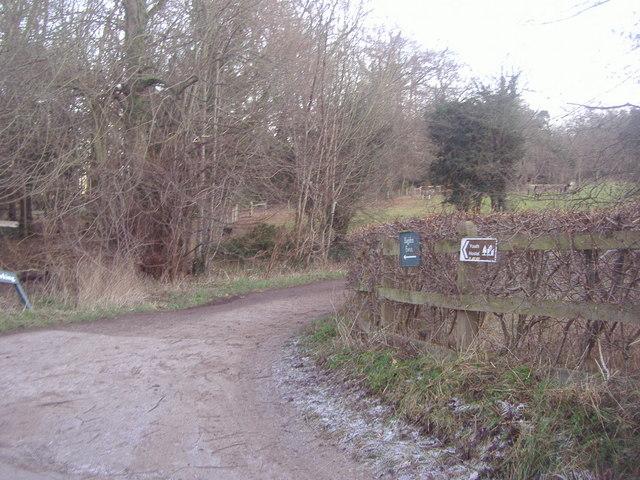 Entrance to Bagden Farm on Chapel Lane