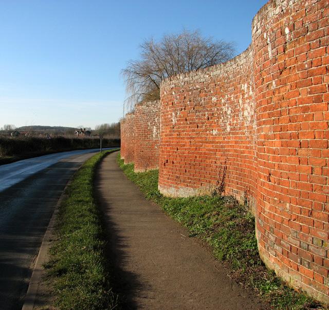 Easton's famous 'crinkley' wall