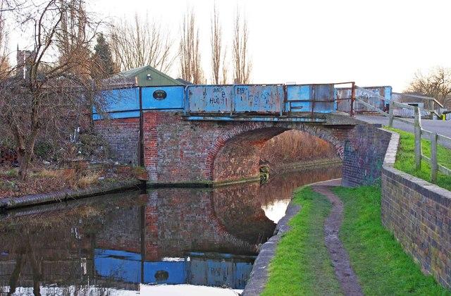 Limekiln Bridge (no.17), Staffs & Worcs Canal, Kidderminster
