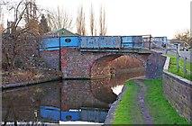 SO8277 : Limekiln Bridge (no.17), Staffs & Worcs Canal, Kidderminster by P L Chadwick