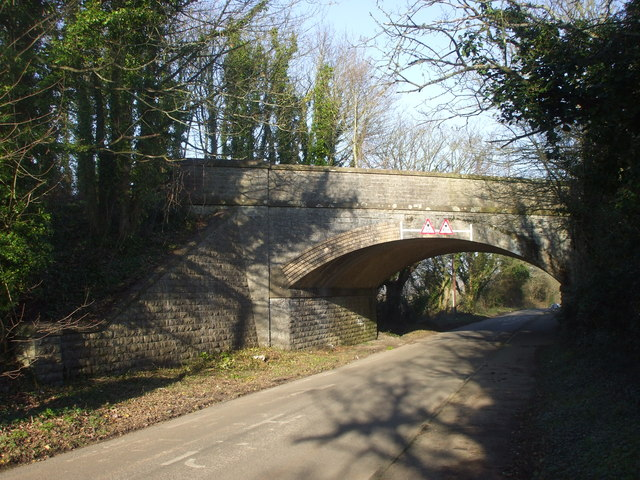 Bridge carrying dismantled railway over the road to Swanbridge