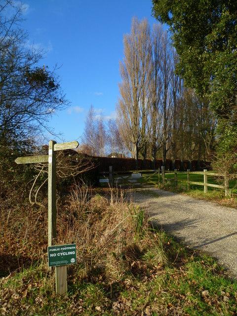Footpath sign east of Westlands