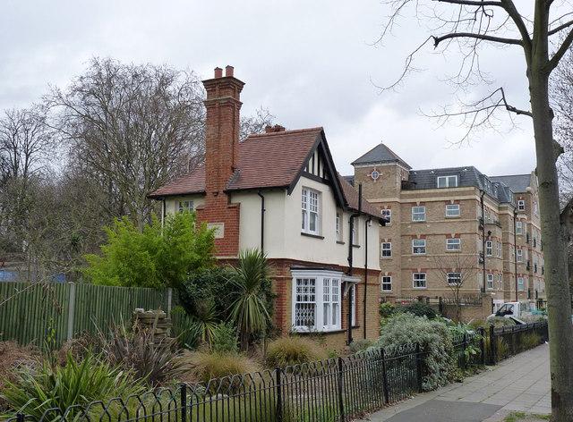 The Lodge, Acton Park