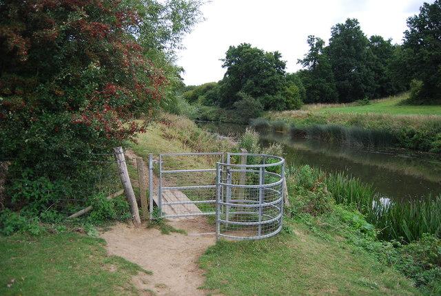Kissing gate, Medway Valley Walk