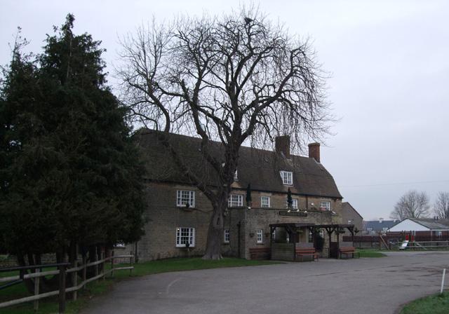 Southbrook Inn, Hunters Grove