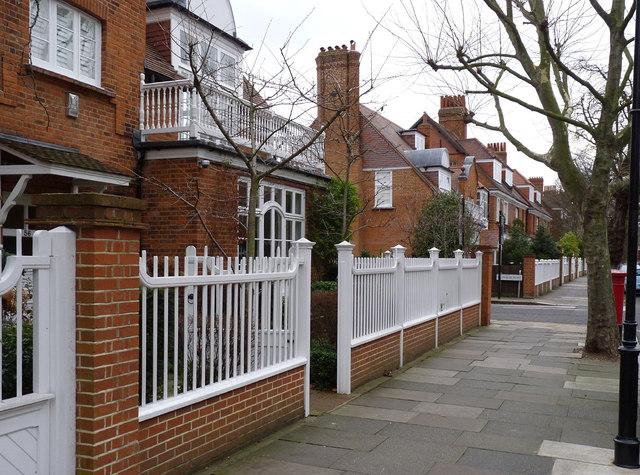 Bedford Park railings