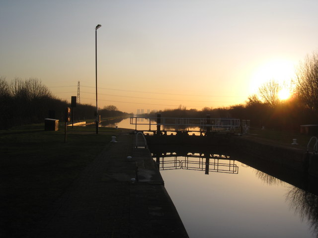 The New Junction Canal at Sykehouse Lock