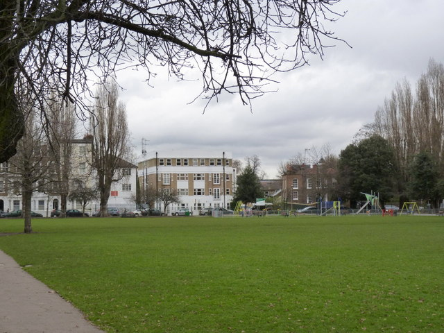 Stamford Brook Common