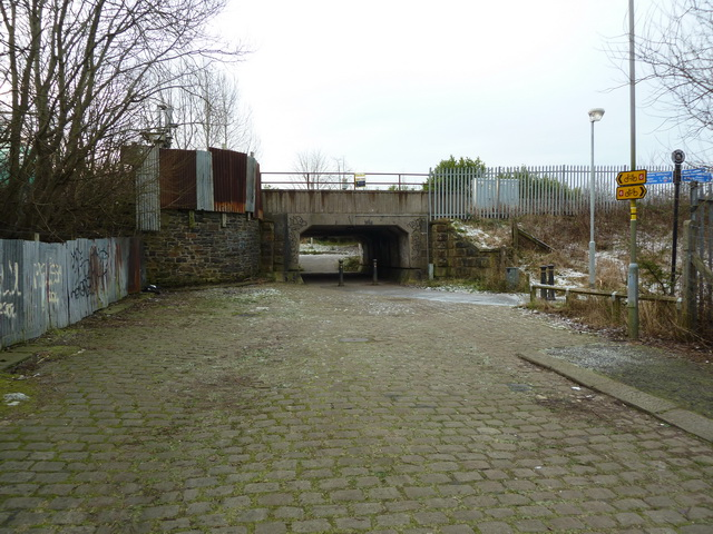 Railway bridge over Star Street,Church