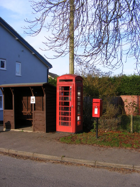 Bus Shelter,Telephone Box & Sir Alfred Munnings Hotel Postbox