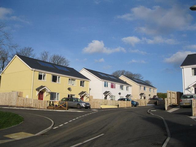 Tai fforddiadwy Congl Meinciau Affordable housing