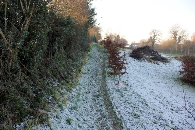 Footpath to Post Office Lane, Norley